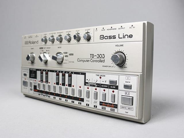 Roland-TB-303-Cover